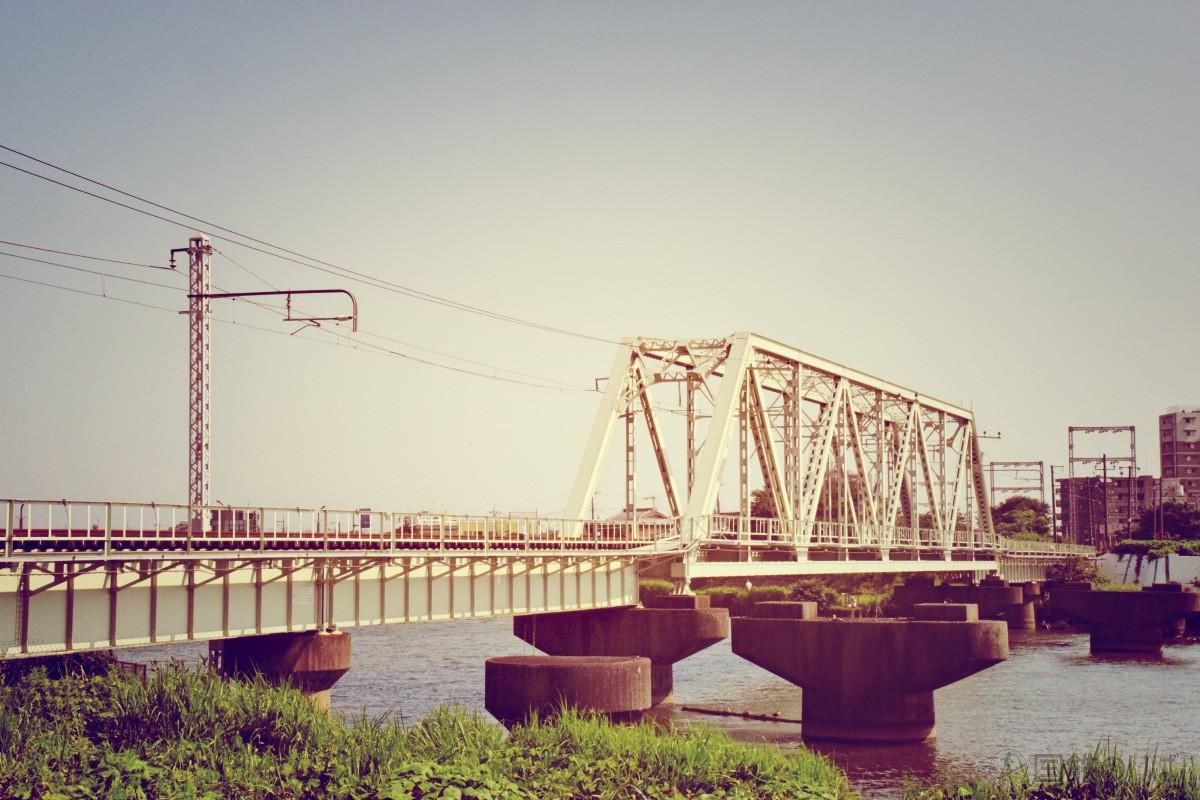 中川放水路橋梁 (新金貨物線)