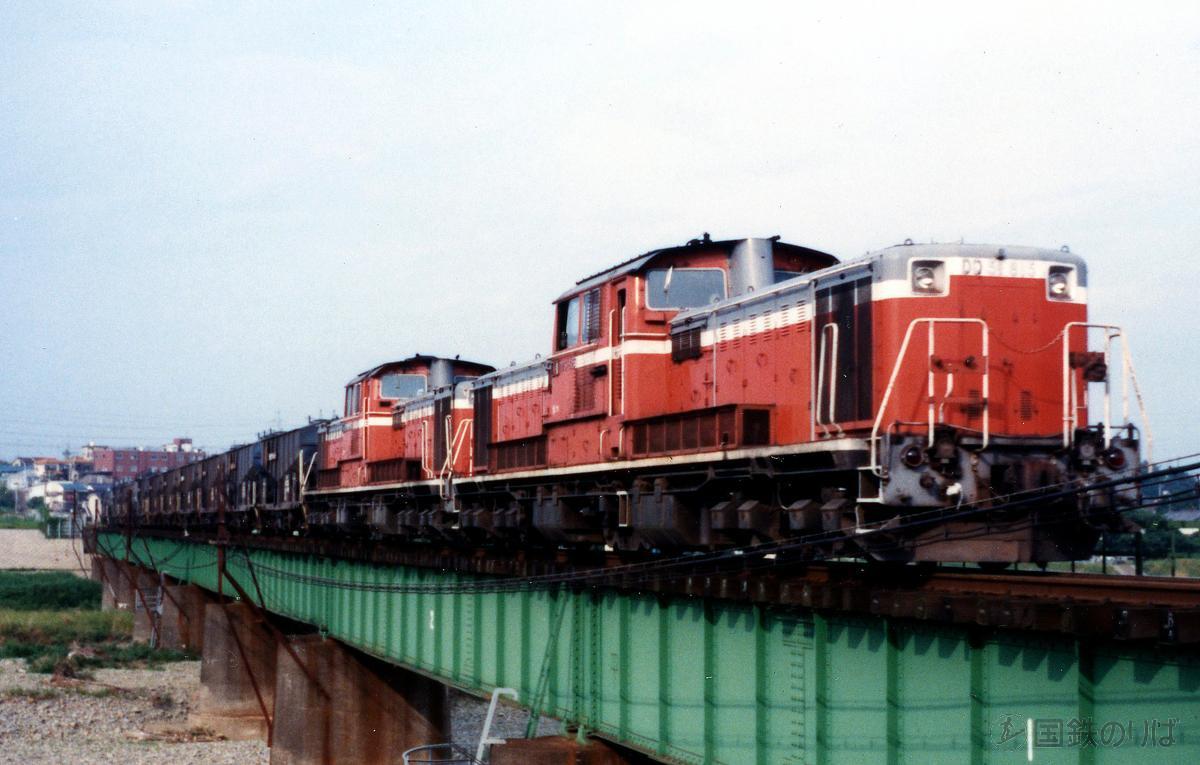 在りし日の、八高線DD51重連貨物