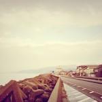 駅から10分も歩けば日本海に突き当たる。