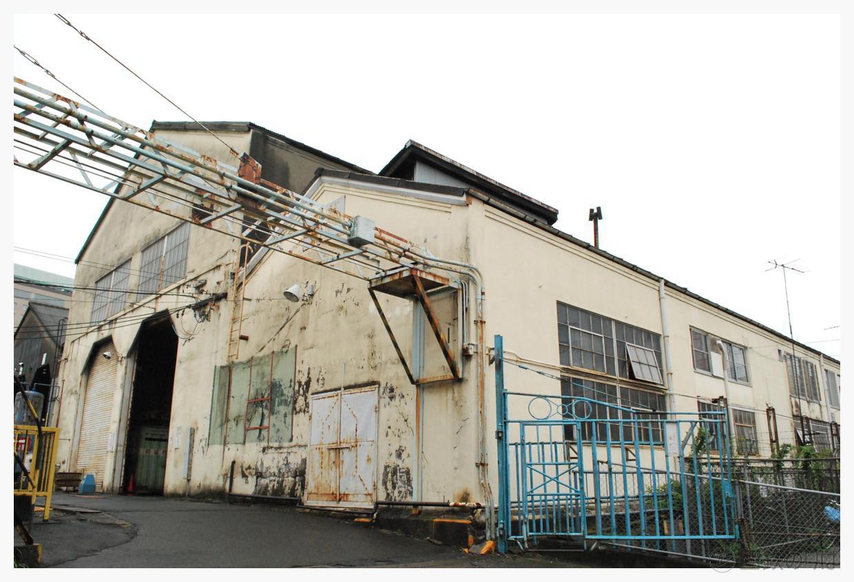旧八王子機関区の機関庫