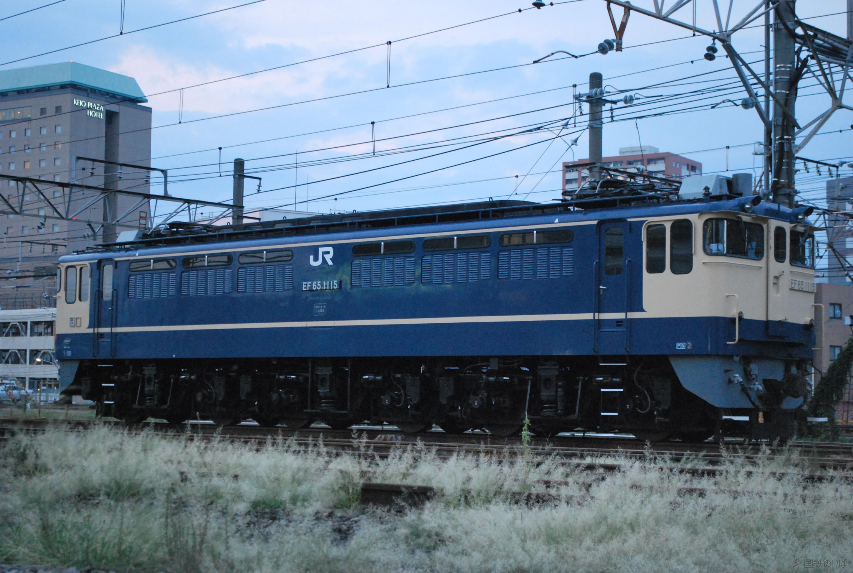 八王子機関区に留置される田端のEF65-1115。2010年9月。