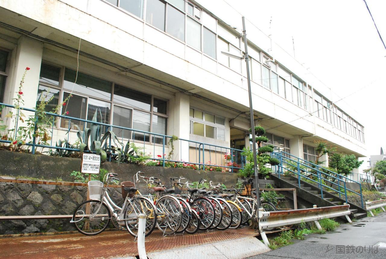 旧八王子機関区詰所