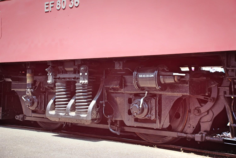 一次型のDT128形中間台車